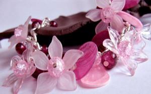 wonderful-romantic-jewelry-wallpapers-1024x768