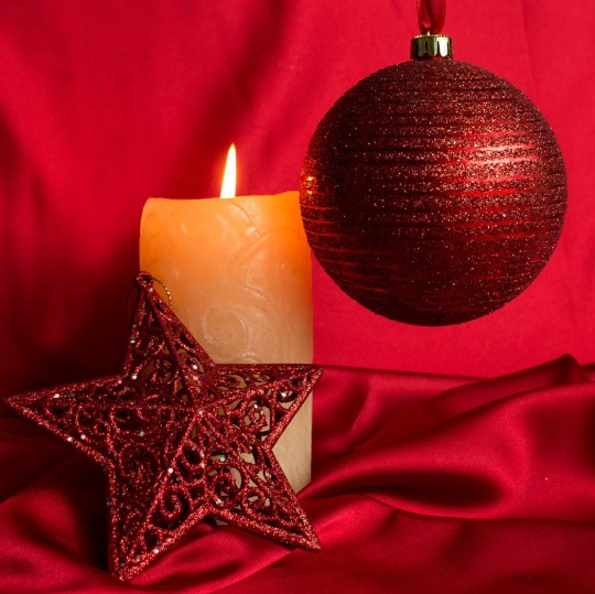 1004-christmas-decorations-1680x1050-photography-wallpaper