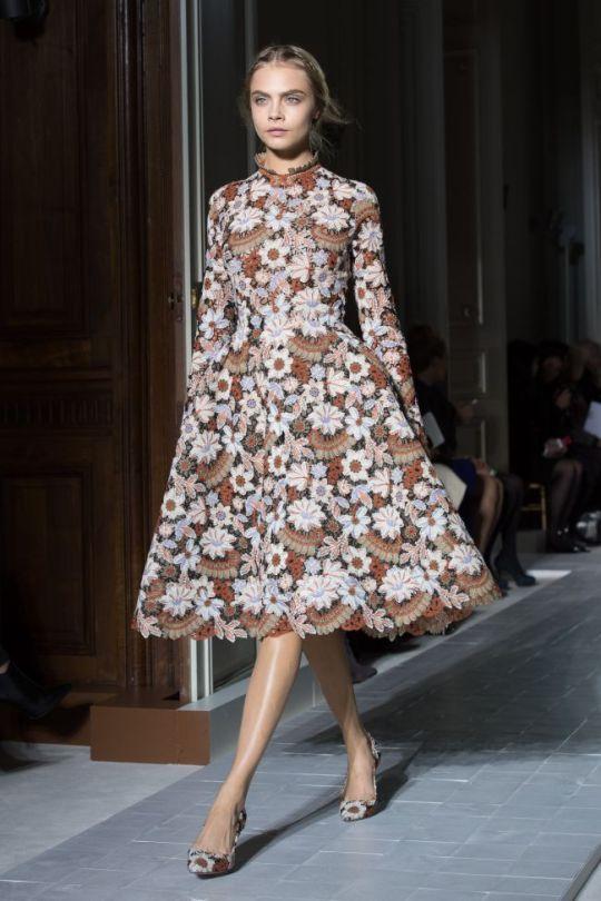 paris-fashion-week-haute-couture-valentino-primavara-vara-2013-ndash-o-colectie-care-reinventeaza-rafinamentul_8
