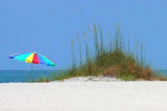 beach-umbrella-digital-painting-carol-groenen