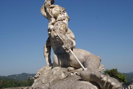 Calcaiul lui Ahile. Erou grec din mitologia greaca, potrivit mitului povestit de Homer.