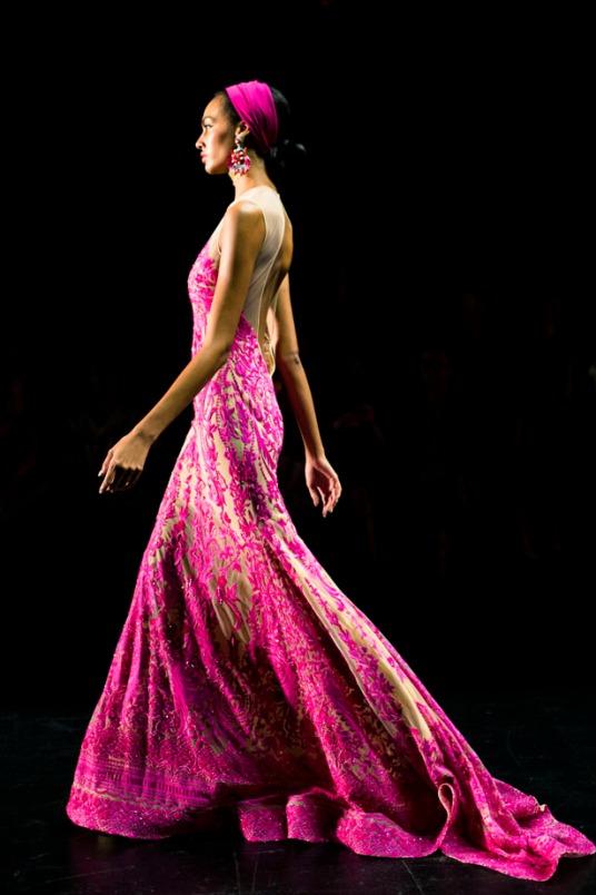 Naeem Khan Spring / Summer 2016 collection at New York Fashion Week