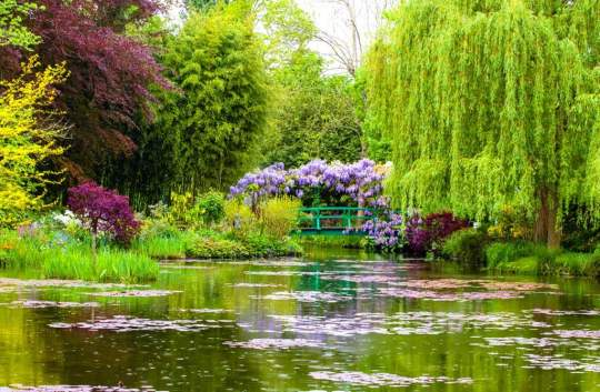 giverny-lake-gardens-hero