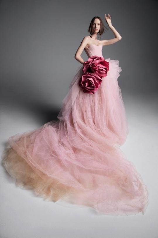 Vera-Wang-spring-2019-bridal-fashion-show-the-impression-03