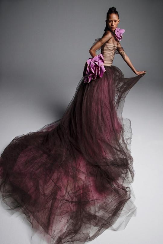 Vera-Wang-spring-2019-bridal-fashion-show-the-impression-06