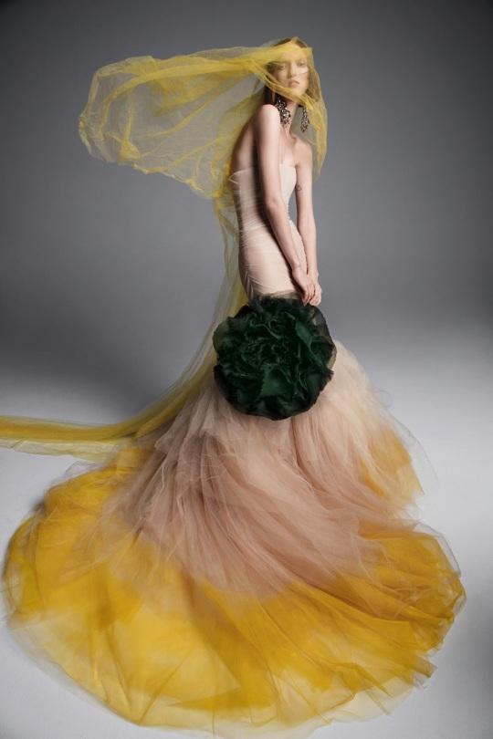 Vera-Wang-spring-2019-bridal-fashion-show-the-impression-08
